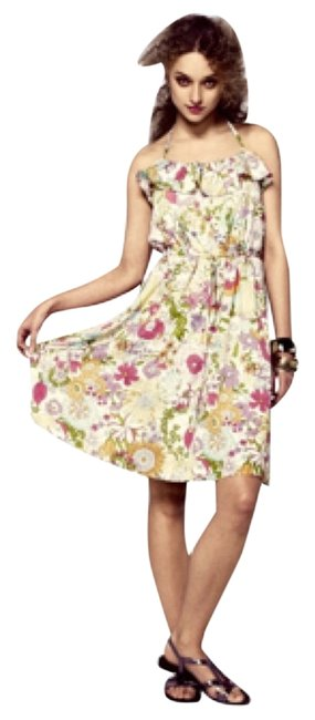 Preload https://img-static.tradesy.com/item/6733699/liberty-of-london-for-target-retro-floral-ruffled-halter-knee-length-short-casual-dress-size-6-s-0-1-650-650.jpg