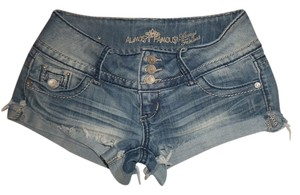 Almost Famous Clothing Denim Shorts-Light Wash