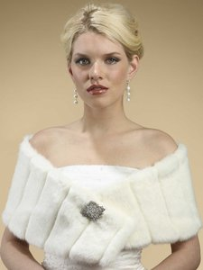 Faux Fur Pelted Bolero Jacket With Collar