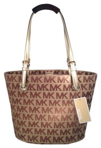 Michael Kors Tote in Gold and Beige