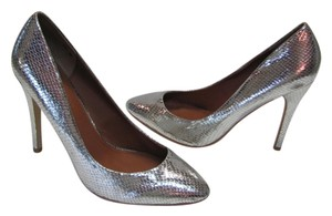 Colin Stuart New Excellent Condition Size 9.00 M Silver Pumps