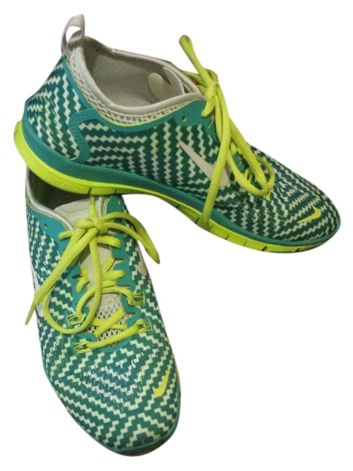 finest selection 1d716 6fea3 Nike Turbo Green- Venom Green Chevron Free 5.0 Fit 4 Sneakers Size US 7.5