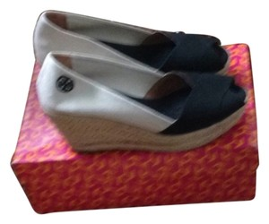 Tory Burch Black & Natural Wedges