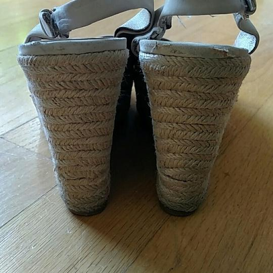 Dolce Vita Suede Woven Nude, beige Wedges Image 2