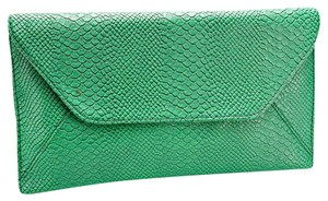 Other Green Clutch