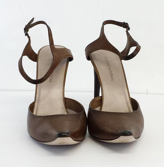 CoSTUME NATIONAL Taupe Leather Heels Brown Sandals Image 2