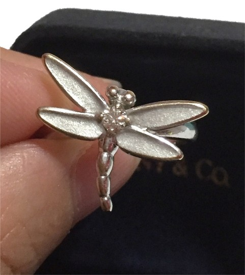 Preload https://img-static.tradesy.com/item/6753667/tiffany-and-co-co-solid-18k-18kt-white-gold-dragonfly-with-diamond-size-525-retail-ring-0-1-540-540.jpg