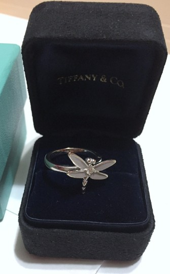 Tiffany & Co. Tiffany & Co - SOLID 18k 18kt White Gold - DRAGONFLY Ring with Diamond - Size = 5.25 - Retail = $2450 Image 5