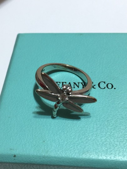 Tiffany & Co. Tiffany & Co - SOLID 18k 18kt White Gold - DRAGONFLY Ring with Diamond - Size = 5.25 - Retail = $2450 Image 6