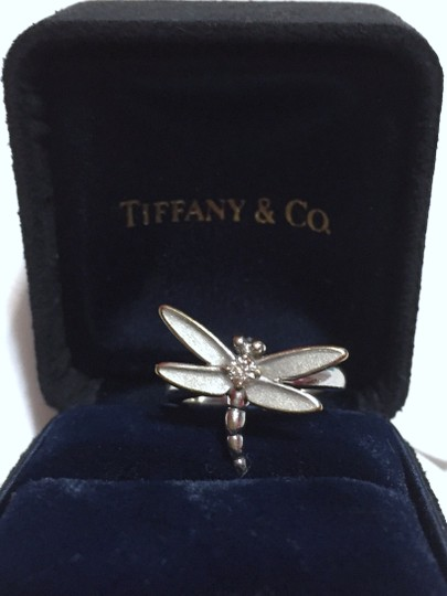 Tiffany & Co. Tiffany & Co - SOLID 18k 18kt White Gold - DRAGONFLY Ring with Diamond - Size = 5.25 - Retail = $2450 Image 7