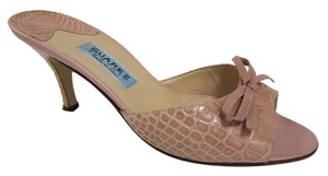 Suarez Alligator Pink Pumps