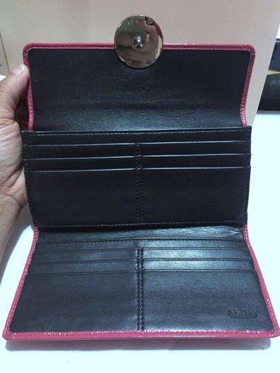 Coach COACH - PINK Patent Leather - Tri-fold, Full Size Wallet Image 1