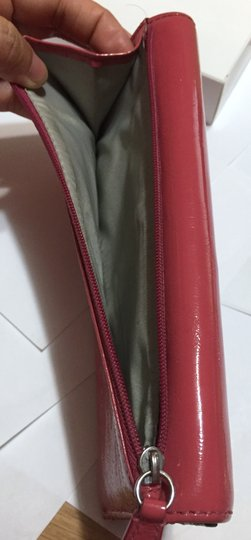 Coach COACH - PINK Patent Leather - Tri-fold, Full Size Wallet Image 7
