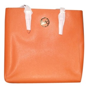 Michael Kors Nwt Saffiano Leather Tote in Burnt Oragne