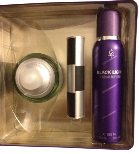 Other Black Light Gift Set For Women.
