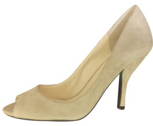 Enzo Angiolini Classic Suede Peep Toe Night Out Date Night Beige Pumps