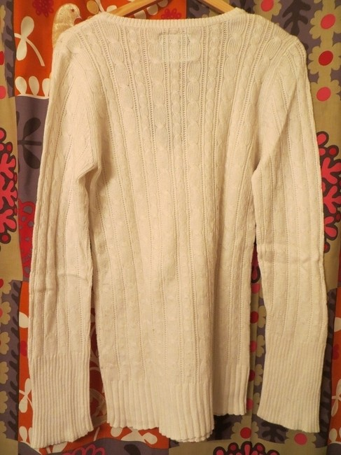 American Eagle Outfitters V-neck Sweater