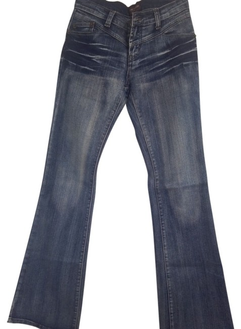 Preload https://img-static.tradesy.com/item/678758/louis-vuitton-blue-light-wash-boot-cut-jeans-size-25-2-xs-0-0-650-650.jpg