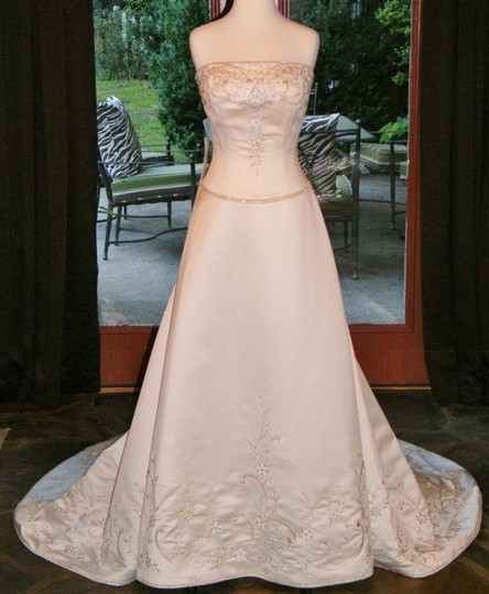 Casablanca Ivory #1776 Formal Wedding Dress Size 8 (M)