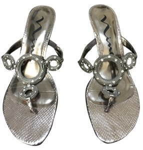 Nina Casual Silver Sandals