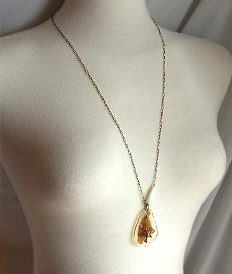 Other NWOT Preserved Butterfly Wing Necklace Image 2