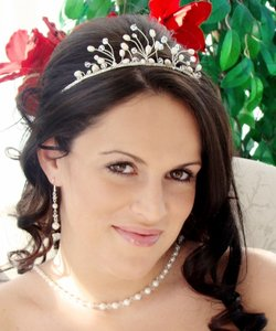 Charming Swarovski Crystal Pearl & Rhinestone Wedding Bridal Tiara