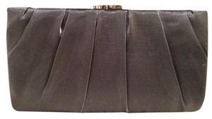 Nina Shoes Hardware Pleated Satin Silver Clutch