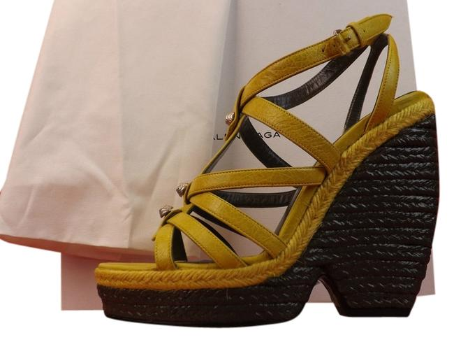 Item - Yellow Arena Mustard Leather Wedge Studded Sandals Size EU 40 (Approx. US 10) Regular (M, B)