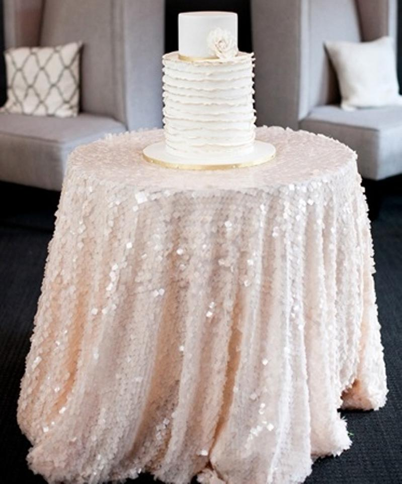 Wedding Cake Paillette