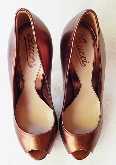 Gucci Peep Toe Leather Metallic Stiletto Bronze Pumps Image 2
