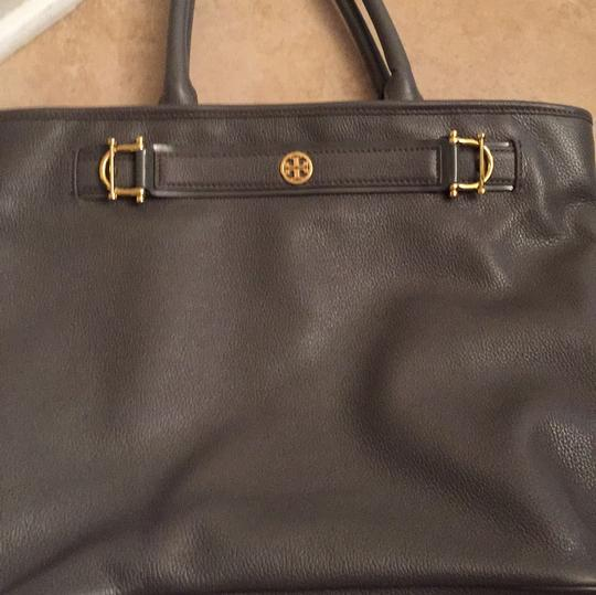 Tory Burch Tote in Gray Image 8