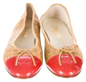 Chanel Beige Tan Nude Leather Straw Beige, Red Flats