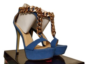 Eye Candie Blue Pumps