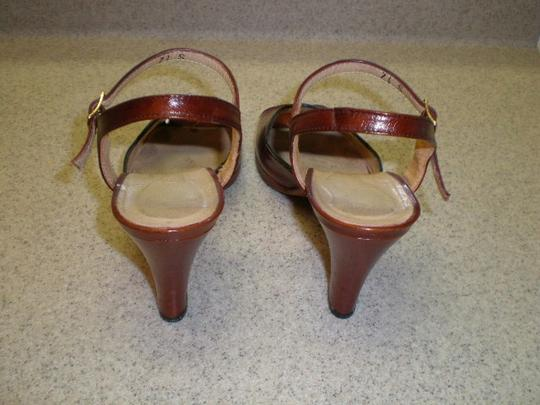 VINTAGE SOCIALITES REDDISH BROWN Sandals