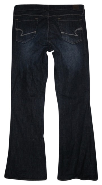Preload https://item2.tradesy.com/images/american-eagle-outfitters-dark-rinse-real-flared-pants-size-8-m-29-30-682346-0-0.jpg?width=400&height=650