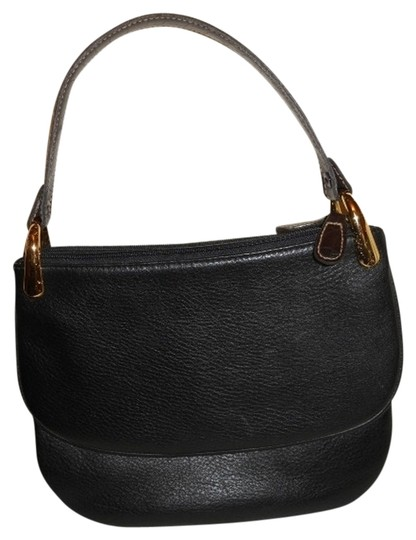 Preload https://img-static.tradesy.com/item/682605/black-and-brown-leather-baguette-0-0-540-540.jpg