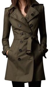 Burberry Classic Trench Us2 Trench Coat