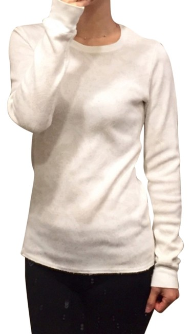 Preload https://img-static.tradesy.com/item/6829783/nike-acg-dry-fit-thermal-long-sleeve-white-and-beige-sweater-0-0-650-650.jpg