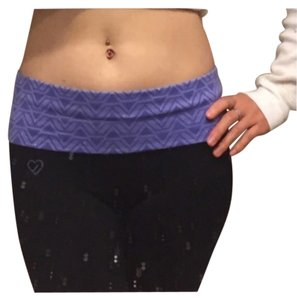 Aéropostale Black with purple Leggings