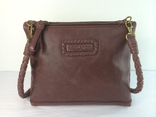 Isabella Fiore Tahoe Weave Distressed Convertible Cross Body Bag Image 11