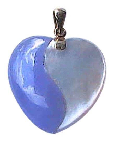 Preload https://img-static.tradesy.com/item/6832039/14k-yellow-gold-jade-mother-of-pearl-and-heart-pendant-necklace-0-0-540-540.jpg