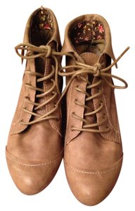 Bakers Natural Boots