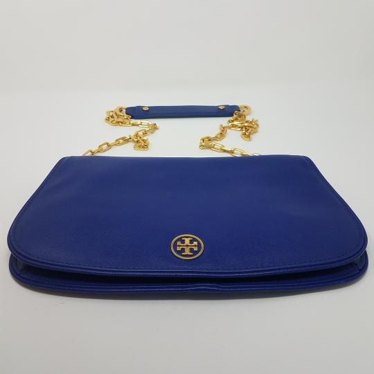 Tory Burch Textured Robinson Gold Hardware Chain Logo Shoulder Bag Image 5