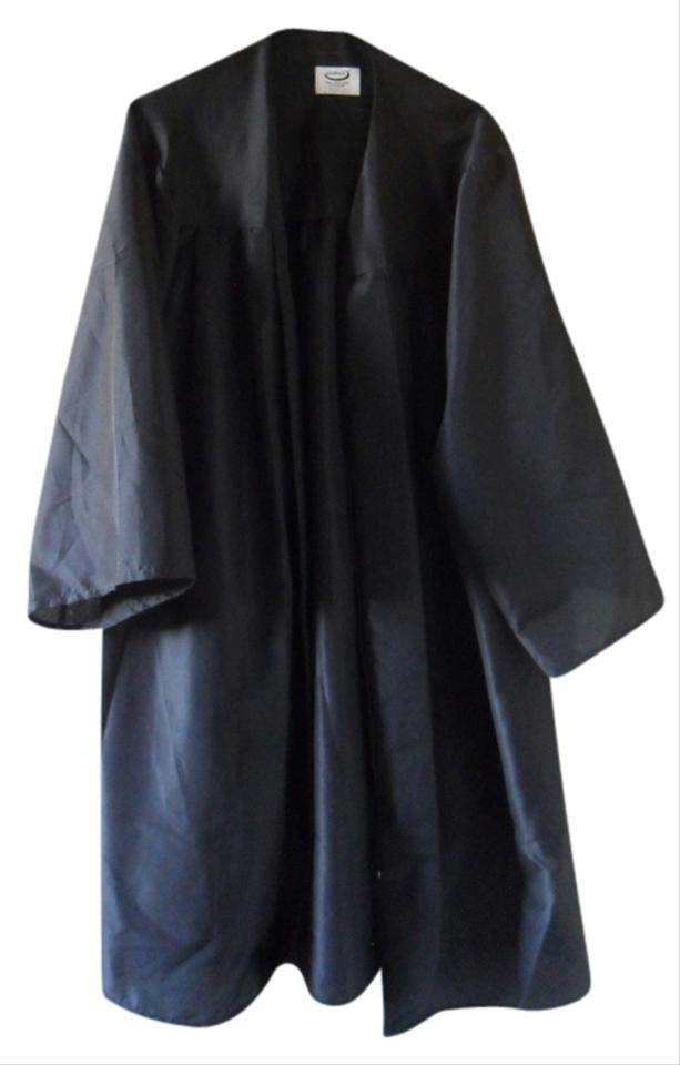 Black Standard Graduation Cap and Gown Poncho/Cape Size 2 (XS) - Tradesy
