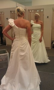 David's Bridal Nwt A-line Taffeta Gown One Shoulder Wedding Dress