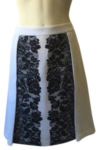 Laundry by Shelli Segal Black A-line Lace Size: 12 Skirt White, Black