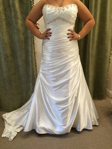 Maggie Sottero Dakota R1072 Wedding Dress