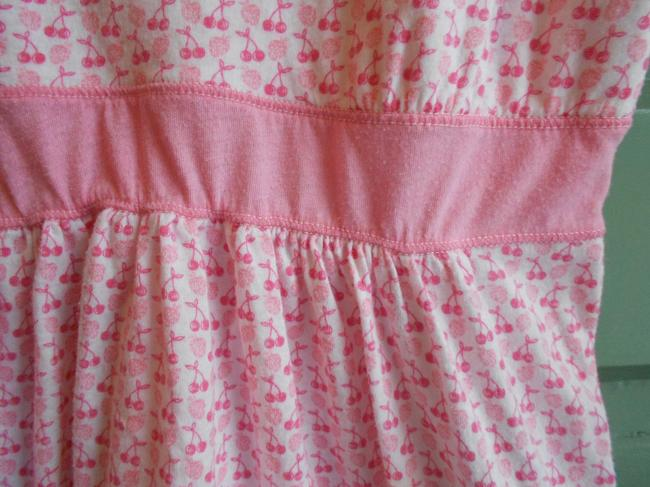 Hollister Cherries Fruit Patterned Spaghetti Strap Scoop Neck Top Pink