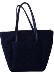 Tory Burch Tote in Navy Blue