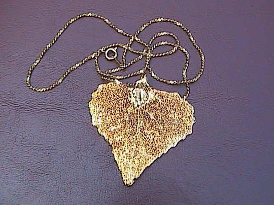 Other 12k Yellow Gold Filled Leaf Necklace Image 7